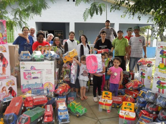 Prefeitura de candel�ria investe em brinquedos para desenvolvimento infantil