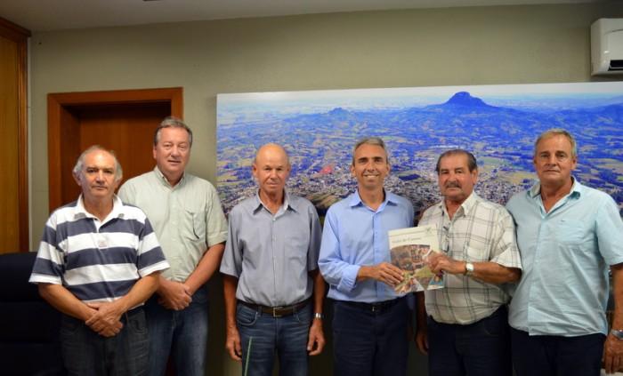 Sexta-feira acontece reunião do Sindicato Rural/Senar