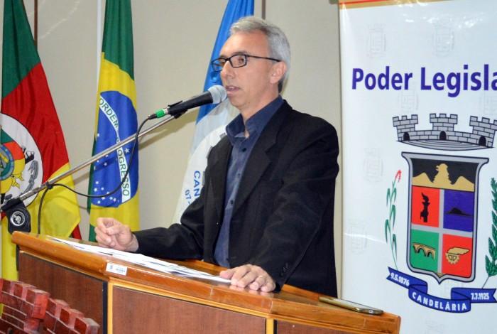 Paulo Butzge participa de sessão na Câmara