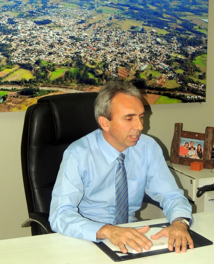 Prefeitura de Candel�ria adota medidas para economizar