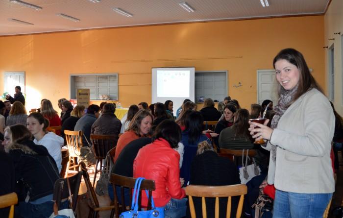 Forma��o de profissionais  da Educa��o Infantil em Candel�ria